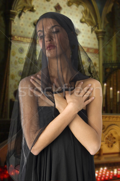 未亡人 黒 かわいい 黒のドレス ベール 顔 ストックフォト © carlodapino