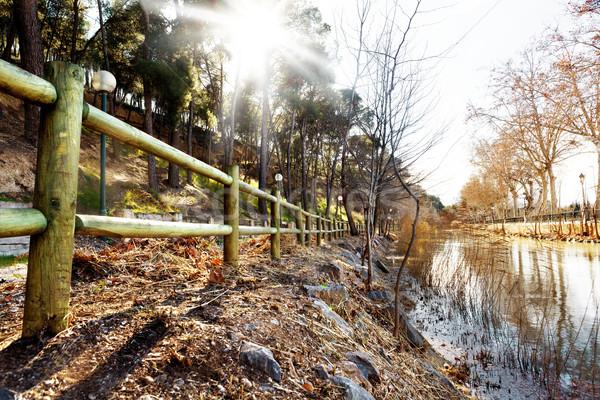 Water kanaal park zonsondergang stad zonnestraal Stockfoto © carloscastilla