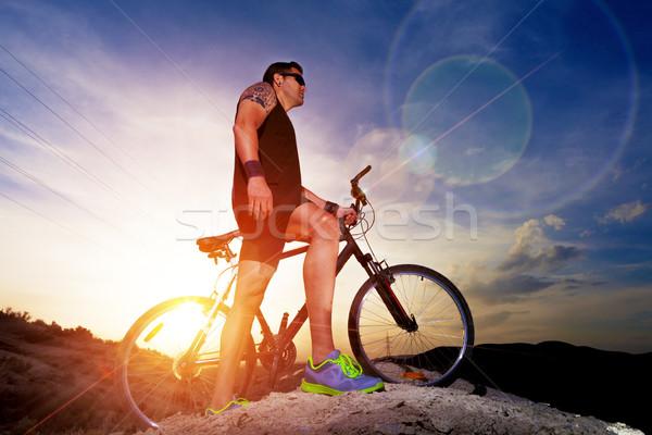 Stockfoto: Sport · gezonde · fiets · landschap · zonsondergang · man