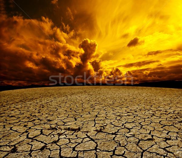 Woestijn bewolkt hemel landschap drogen bodem Stockfoto © carloscastilla