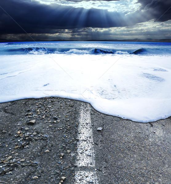 Yol fırtına deniz manzarası okyanus araba deniz Stok fotoğraf © carloscastilla