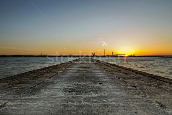 Gün batımı nehir eski güneş güzellik mavi Stok fotoğraf © Carpeira10