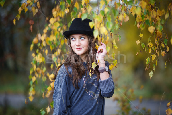 красивая девушка Hat портрет желтый листьев женщину Сток-фото © castenoid