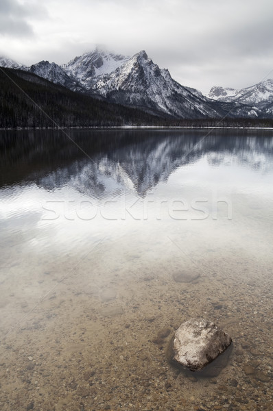 Montanha lago profundo inverno paisagem Idaho Foto stock © cboswell