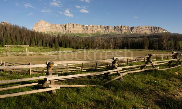 湖 山 表示 キャンプ場 ストックフォト © cboswell
