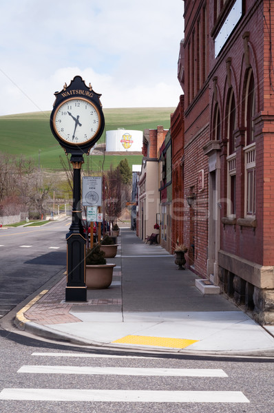 Rue principale petite ville USA Washington orientale horloge Photo stock © cboswell
