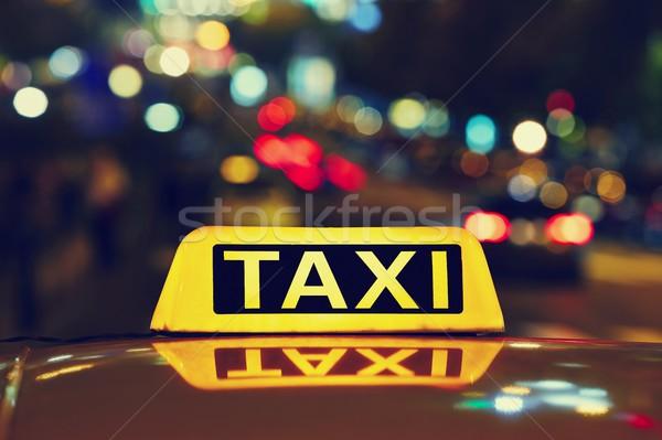 Gece taksi araba sokak iş seyahat Stok fotoğraf © Chalabala