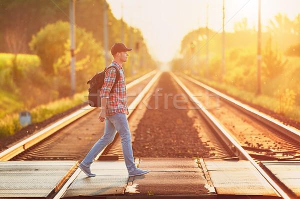 поезд природы молодым человеком рюкзак Cap Сток-фото © Chalabala
