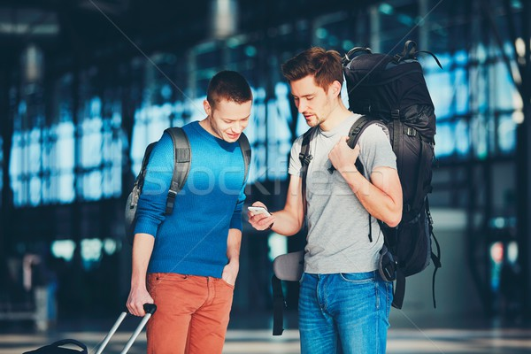 Bekleme kalkış iki arkadaşlar birlikte Stok fotoğraf © Chalabala
