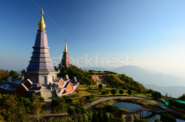 Pagode top Thailand klim berg perspectief Stockfoto © chatchai