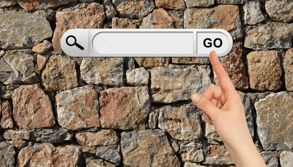 Stockfoto: Menselijke · hand · Zoek · bar · browser · muur · natuurlijke