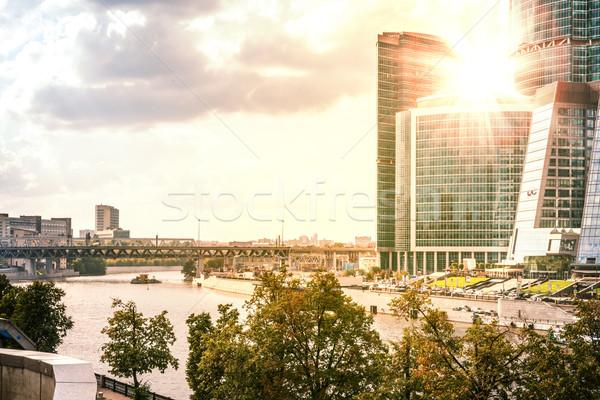 Arquitetônico complexo beira-mar ponte pôr do sol nascer do sol Foto stock © cherezoff
