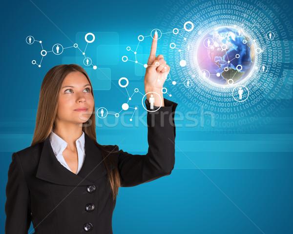 Néz ujj kisajtolás holografikus képernyő felfelé néz Stock fotó © cherezoff