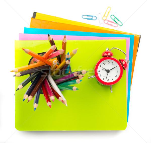 Boya kalemleri çalar saat kalem fincan yalıtılmış beyaz Stok fotoğraf © cherezoff
