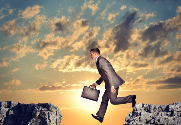 Affaires relevant abîme valise nature ciel Photo stock © cherezoff