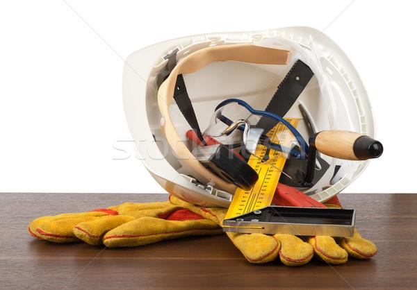 Stok fotoğraf: Plastik · kask · eldiven · araçları · tablo · yalıtılmış