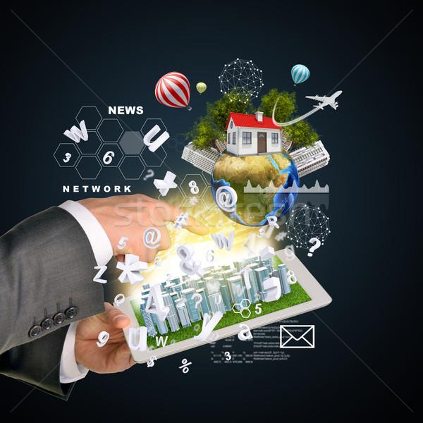 Homem mãos negócio cidade tela sensível ao toque Foto stock © cherezoff