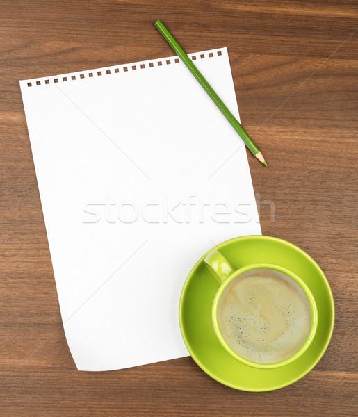Vuota carta tavolino da caffè caffè tavolo in legno matita Foto d'archivio © cherezoff