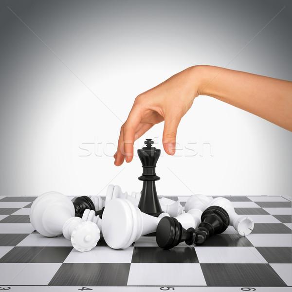 Сток-фото: женщину · стороны · прикасаться · царя · Рисунок · шахматная · доска