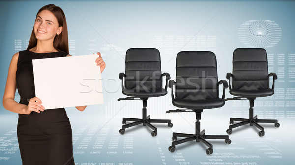 Zakenvrouw blanco papier vel kantoor stoelen Stockfoto © cherezoff