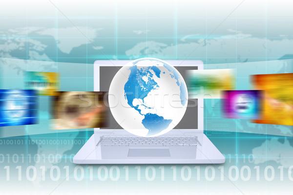 Faktyczny ziemi biały laptop mapie świata szeroki Zdjęcia stock © cherezoff