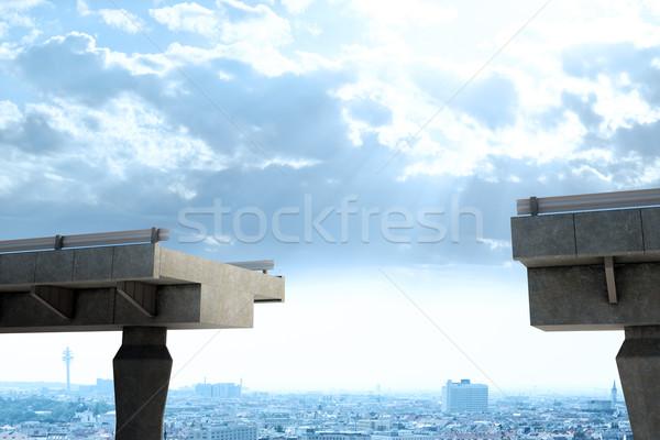 Köprü boşluk üzerinde şehir Stok fotoğraf © cherezoff