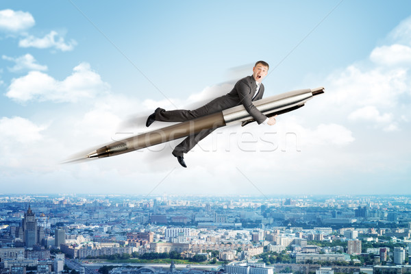 Stock fotó: üzletember · repülés · nagy · toll · fölött · városkép