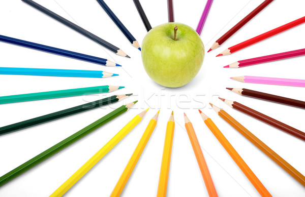 Elma boya kalemleri renkli yalıtılmış beyaz ahşap Stok fotoğraf © cherezoff