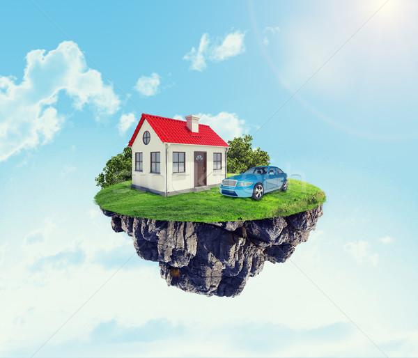 Casa blanca coche isla cielo nubes edificio Foto stock © cherezoff