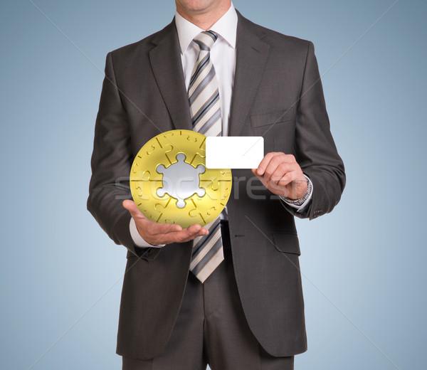 Stock fotó: Férfi · tart · üres · kártya · kirakós · játék · gömb