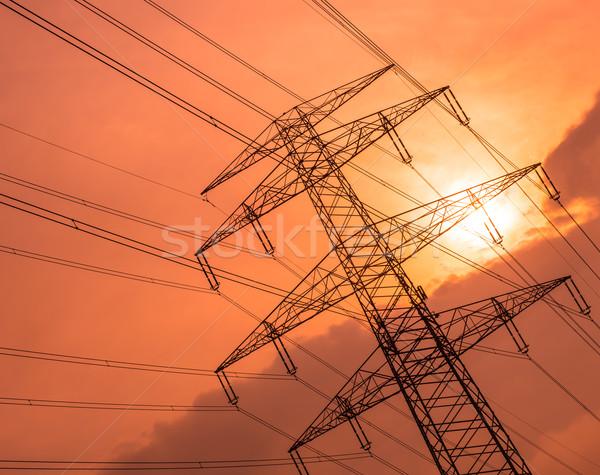 Elétrico fios sol rosa céu Foto stock © cherezoff