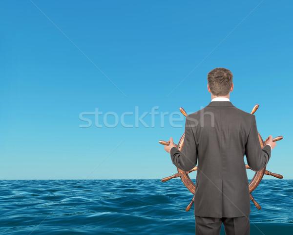 Zakenman stuur Blauw zee reizen Stockfoto © cherezoff