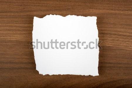 Beyaz parça kâğıt dengesiz kahverengi ahşap masa Stok fotoğraf © cherezoff