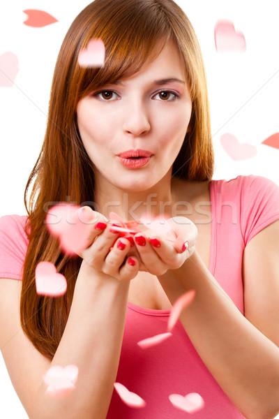 картинки с кодом девушка шлет воздушный поцелуй указ