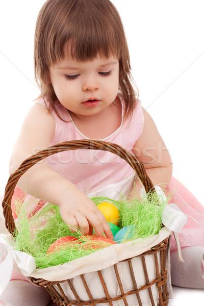 Сток-фото: девочку · играет · яйца · корзины · белый · Пасху