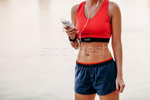 ストックフォト: ランナー · 女性 · リスニング · 音楽 · 画像 · 若い女性