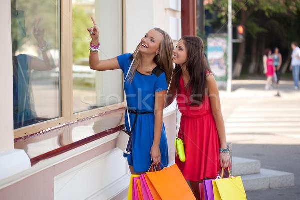 Сток-фото: две · женщины · глядя · Windows · два · магазин