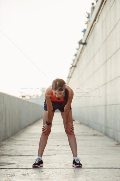 ストックフォト: 小さな · 白人 · 女性 · 息 · ジョギング