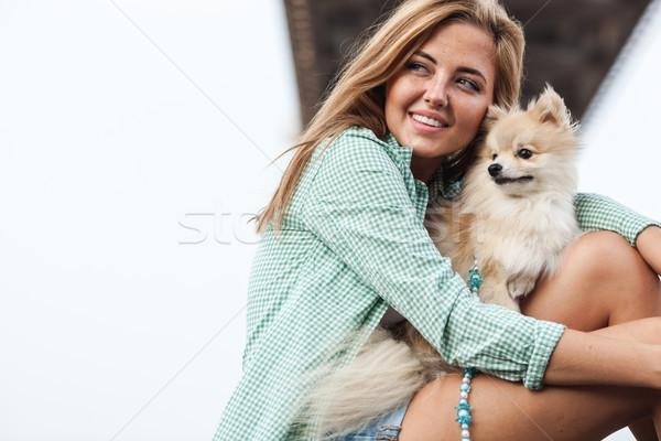 Fiatal nő tart kutya kint fiatal felnőtt nő Stock fotó © chesterf
