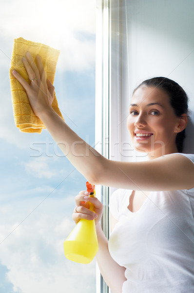 Lavagem windows mulher jovem mulher nuvens vidro Foto stock © choreograph