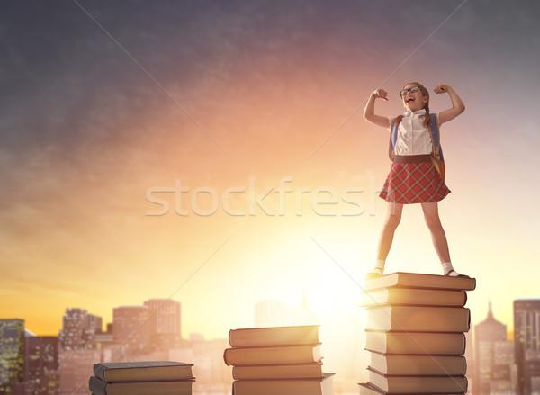 Nino pie libros volver a la escuela feliz cute Foto stock © choreograph