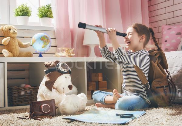Gyermek kész utazás boldog lány csomagol Stock fotó © choreograph