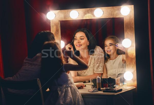 Anya lánygyermek smink boldog szerető család Stock fotó © choreograph