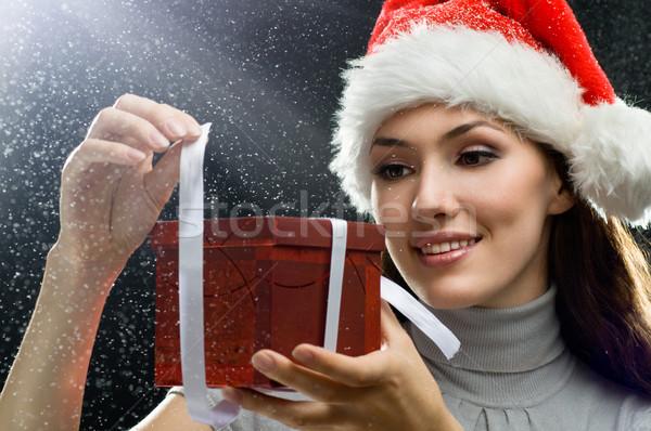 Noël présente jeune fille présents mains femmes Photo stock © choreograph