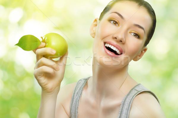 Verde mela bella snello ragazza mangiare sano Foto d'archivio © choreograph