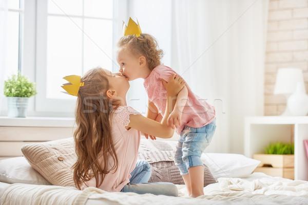 Lányok játszik szórakozás kettő aranyos gyerekek Stock fotó © choreograph