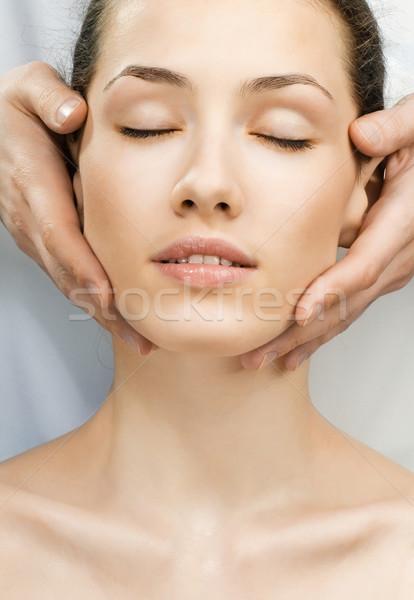 Fiatal gyönyörű lány szépség gyógyszer bőr fürdő Stock fotó © choreograph