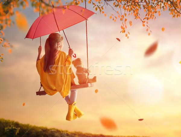 Stock foto: Mädchen · Swing · glücklich · funny · Kind · rot