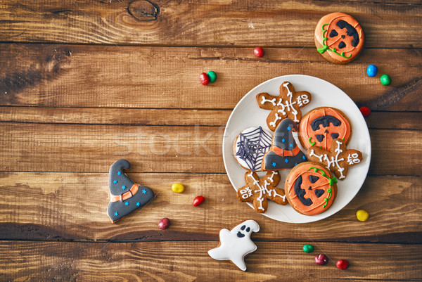 Bonbons cookies heureux halloween table maison Photo stock © choreograph