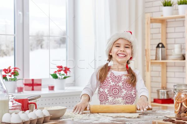 Főzés karácsony kekszek kislány lány gyermek Stock fotó © choreograph